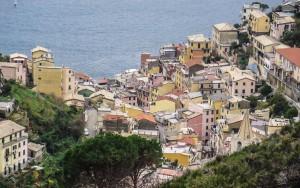 Ausblick auf Manarola, einem der Orte der Cinque Terre.