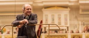 Iván Fischer und Musiker des Konzerthausorchesters geben Konzert für autistische Kinder und ihre Familien. Foto: Marco Borggreve