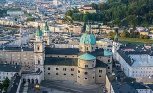 Das Domquartier mit Blick von der Festung Hohensalzburg.