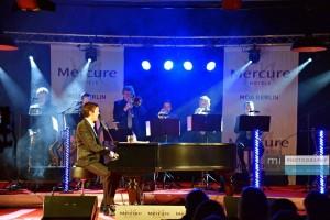 Alex Parker und das Björn Vüllgraf Orchestra.