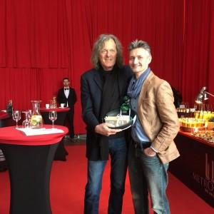 Filmparkchef Friedhelm Schatz und Profikoch Ronny Pietzner in der Metropolis Halle.