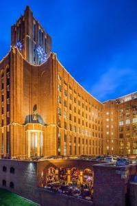 Fotos des Buffets und der Terrasse der Amber Suite in Berlin von Reinhardt & Sommer