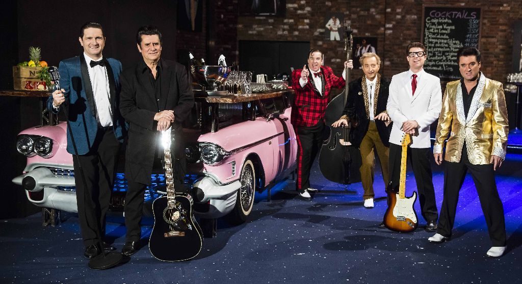 Bill Haley, Buddy Holly, Johnny Cash, Jerry Lee Lewis, Elvis und die Beatles stehen diesen Sommer im Mittelpunkt des Estreltainments. Foto: Estrel Berlin
