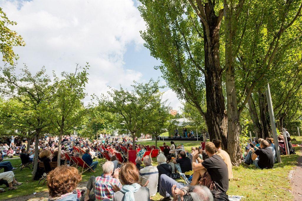 Sommerfest im Museumsgarten des Jüdischen Museums Berlin. Foto: Svea Pietschmann