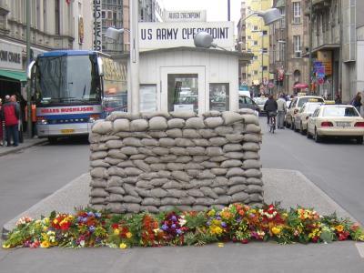 Es geht um die Aufwertung des Areals um den Checkpoint Charlie.