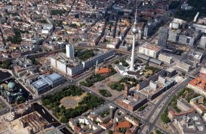 Luftbild Rathausforum. Foto: SenStadtWohn / Dirk Laubner
