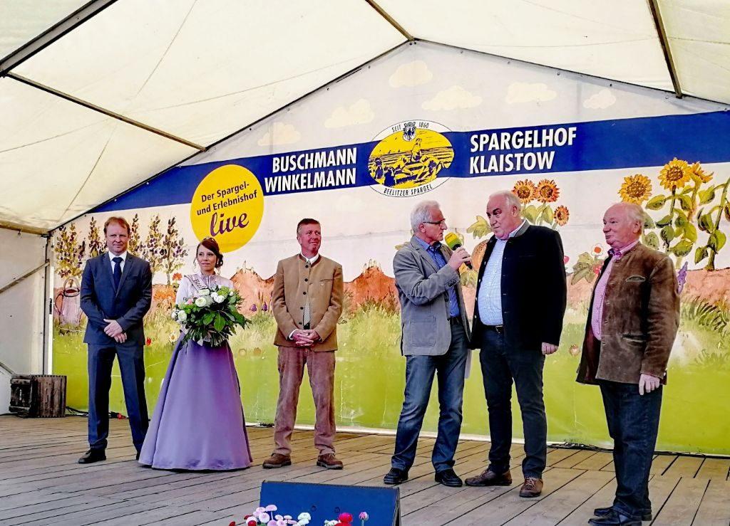 Eröffnung der Spargelsaison in Klaistow.