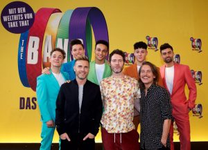 Die Sänger von Take That und ihre Musical-Darsteller. Fotos: Stage Entertainment