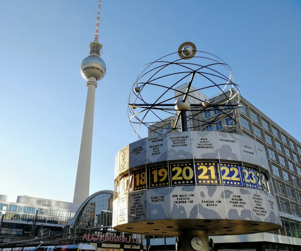 Weltzeituhr am Alexanderplatz.