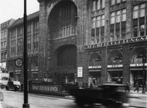 AEG nutzte das Gebäude ab 1928 als Haus der Technik. Foto: Landesarchiv 61 2341