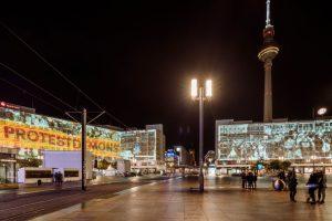 3D-Videoprojektionen am Alexanderplatz.