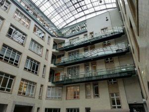 Der Innenhof in der Mohrenstraße 38-39.