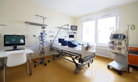 Es gibt weitere Zimmer auf einer neuen Intensivstation für Corona-Patienten.