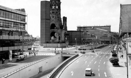 Autotunnel am Breitscheidplatz, Charlottenburg 1965 © Museum Charlottenburg-Wilmersdorf, Archiv