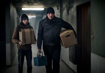 Charly Hübner und Tristan Göbel in HAUSEN.