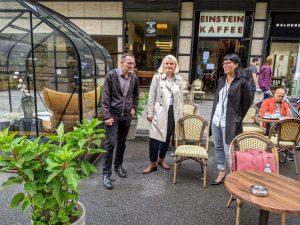 Stephan von Dassel und Regine Günther verlängern das Projekt autofreie Friedrichstraße.