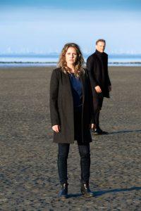 Felicitas Woll und Barry Atsma in den Hauptrollen.
