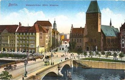 Weil die Waisenbrücke den Verkehr auf der Spree behinderte, wurde sie 1961 abgerissen.