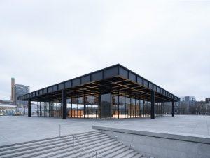 Die Neue Nationalgalerie kurz vor der Wiedereröffnung.