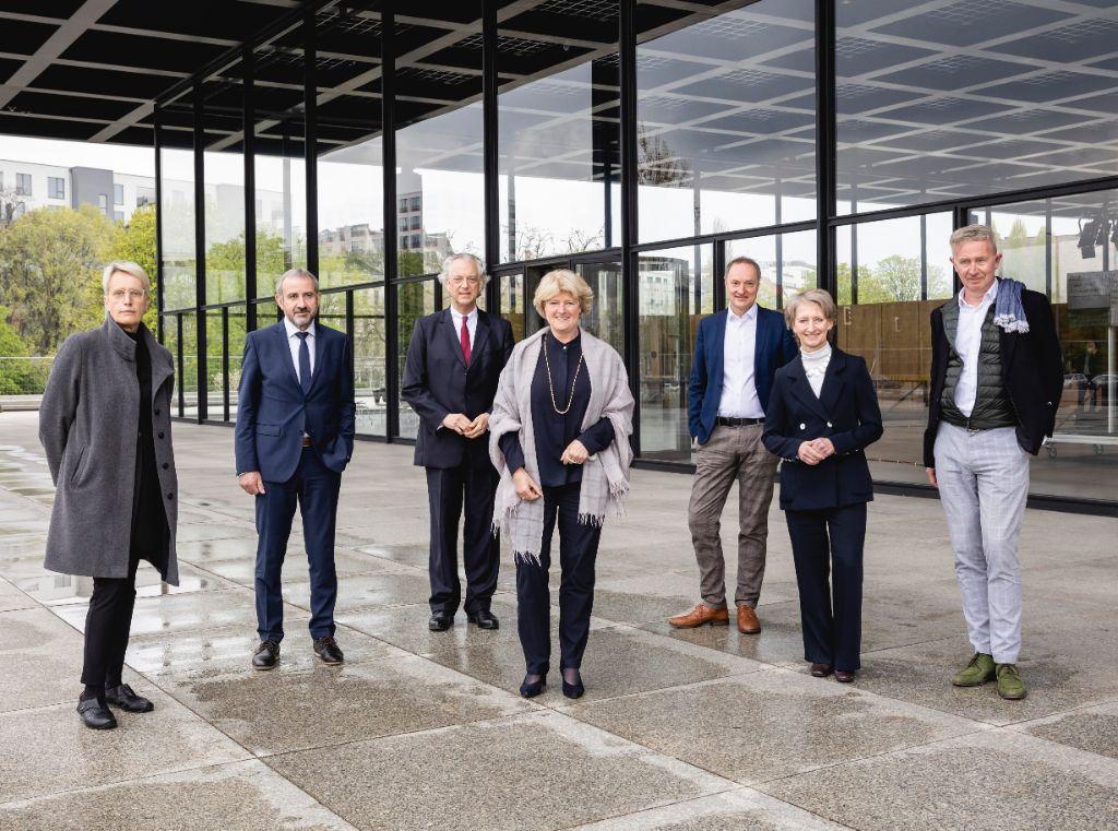Schlüsselübergabe Neue Nationalgalerie.