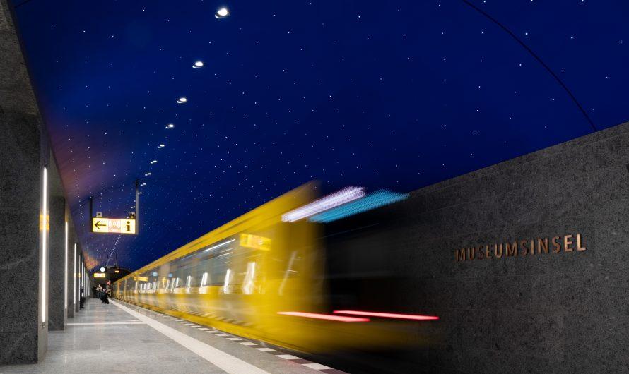 Sterne leuchten im U-Bahnhof Museumsinsel