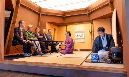 Das Teehaus wurde anlässlich des 160. Jahrestages der deutsch-japanischen Freundschaft eröffnet.